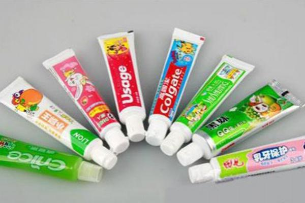 Ligne de production de pâte dentifrice